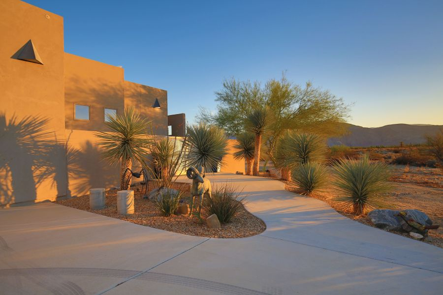 Unique Homes in Borrego Springs